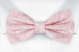 CORSAGE Blush pink pre-tied bow tie