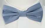 SOLID Light blue pre-tied bow tie