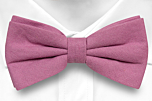 WISTFUL Old pink pre-tied bow tie