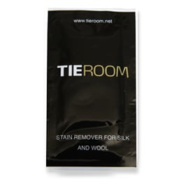 Stain remover tissue for silk